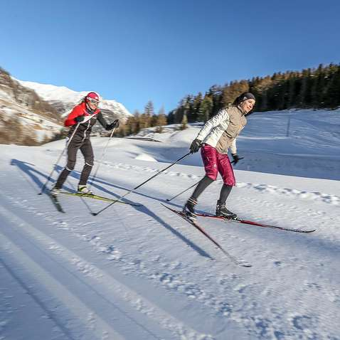 Cross-country skiing in the Samnaun valley,